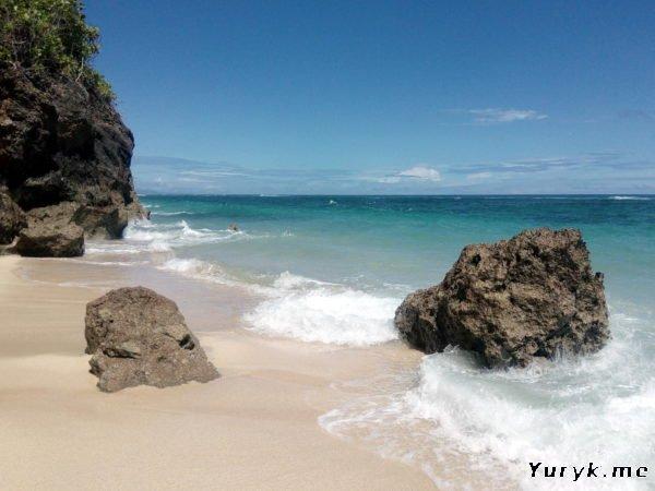 Пляж Pantai Gunung Payung