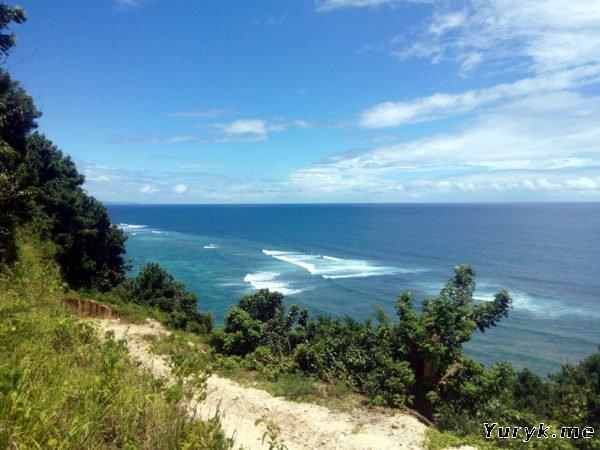 Вьюпоинт на пляж Pantai Gunung Payung