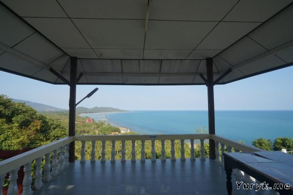 Вид с пагоды Лаем Сор на холме